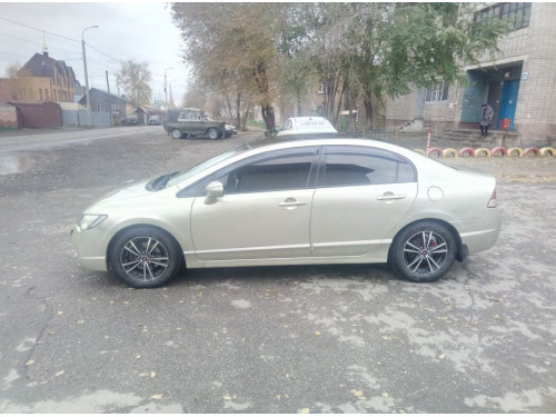 Продам Honda Civic в Томске